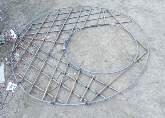 圆井盘钢筋网